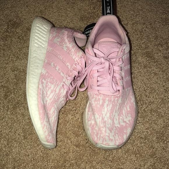 Le adidas scarpe rosa poshmark
